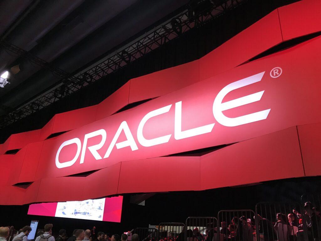 Larry Ellison fundador de Oracle