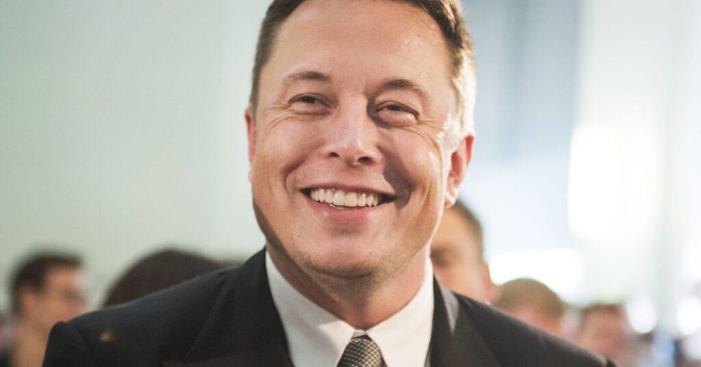Quién es Elon Musk